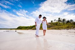 Caribbean Weddings: Put Your Toes in the Sand